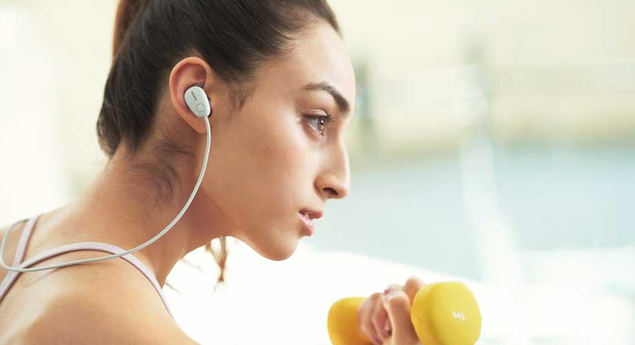 ฟังเพลงขณะออกกำลังกาย